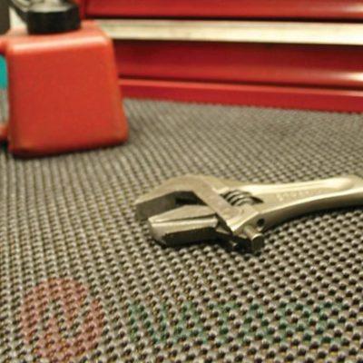 Mata Grip Safe - amortyzująca i elastyczna.